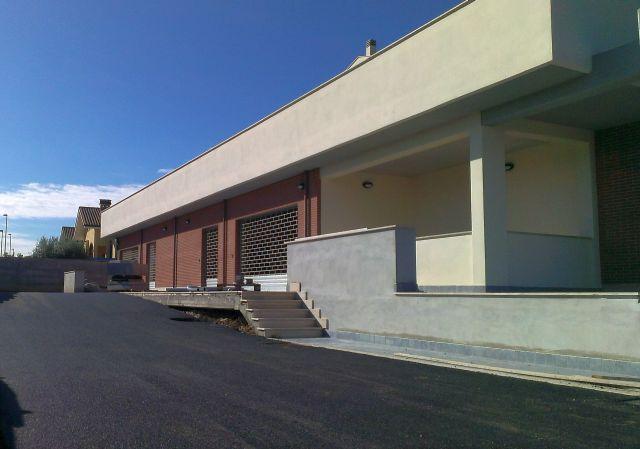 Roma castelverde vendita affitto e vendite spazi for Annunci locali commerciali roma